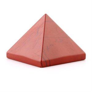 Pirámide de jade rojo