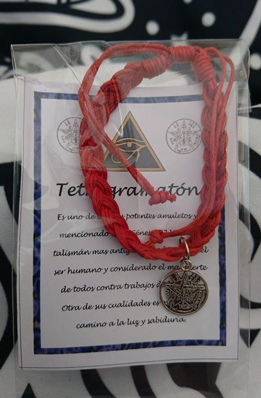 Pulsera hilo con tetragramaton
