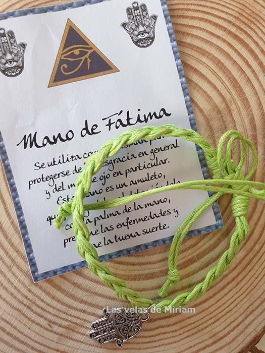 Pulsera hilo con mano de Fátima verde