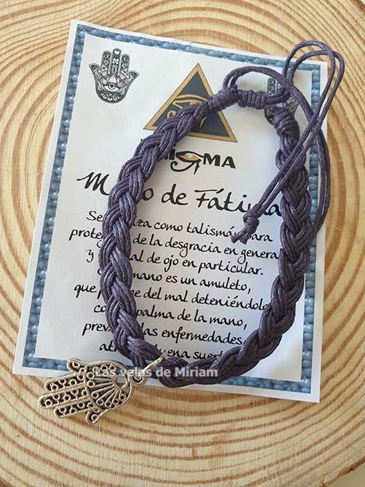 Pulsera hilo con mano de Fátima lila