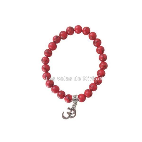 Pulsera coral rojo con símbolo OM