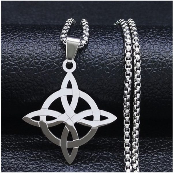 Amuleto nudo de brujas